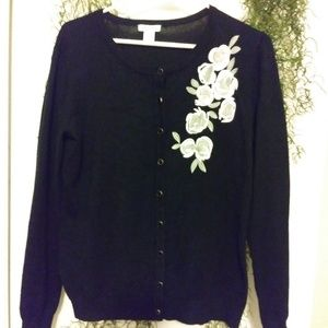 Flower Accented Black Sweater by Anna Rose 💕💕